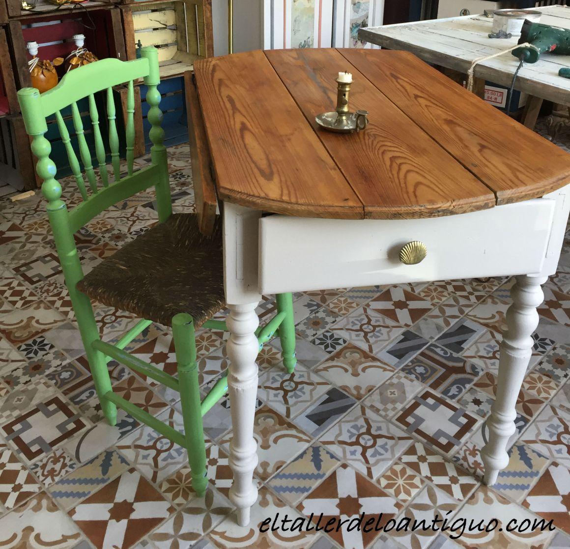 Pintar una mesa tocinera el taller de lo antiguo for Como pintar una mesa de madera