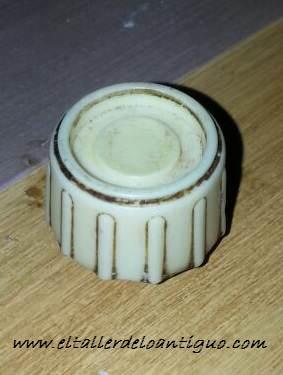 7-reproducir-boton-de-radio-antigua