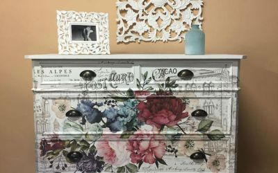 Diy pintar comoda con Mary Paint y transferencias Deco Comoda blanca con calcomanía flores y texto vintage