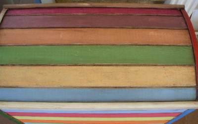 Pintamos un arcón de colores