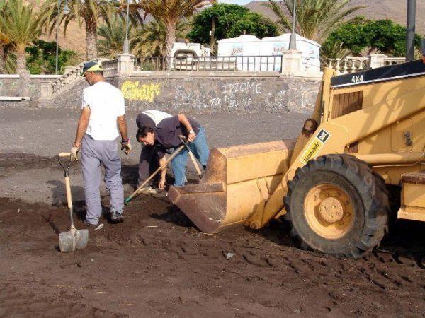 Limpieza de la playa de San Sebastian