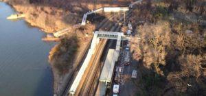 Un tren descarrila en la estación del Bronx (Nueva York)