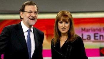 Mariano Rajoy con la directora de Informativos de Antena 3, Gloria Lomana