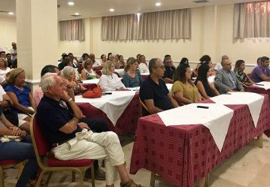 La Gomera celebra la primera jornada informativa sobre las viviendas de alquiler vacacional