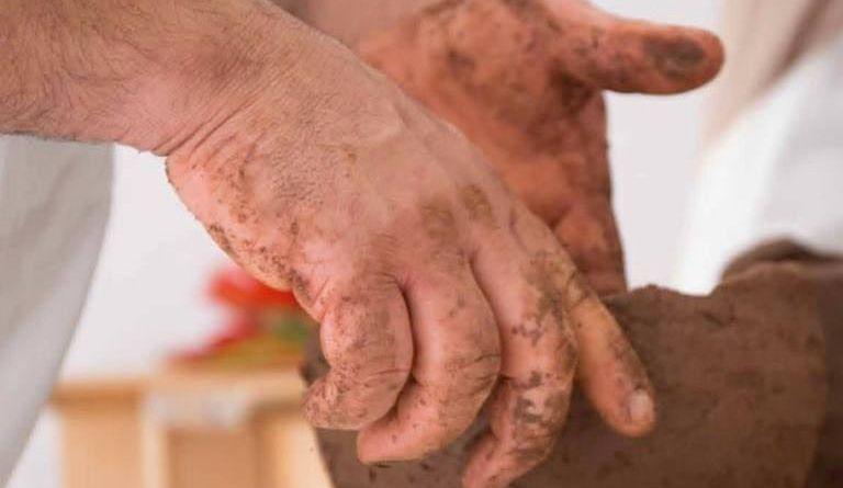 El Cabildo de La Gomera presenta una nueva acción formativa para artesanos