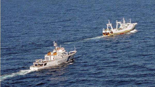 Buque Argentino Se Aproxima A Las Malvinas Y Un Barco Militar Britanico Se Lanza A Interceptarlo El Tambor Es
