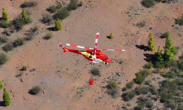 El Gobierno amplía de seis a 12 meses el tiempo de posicionamiento del helicóptero con base en La Gomera