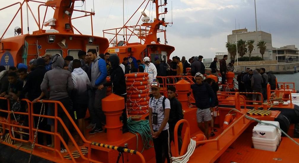 TRAGSA adjudica sin concurso público los servicios de Seguridad Privada de los centros para migrantes en Canarias.