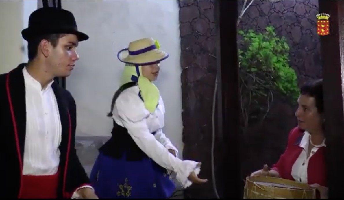 El Cabildo De La Gomera Difunde Un Video Para Salvaguardar Las Tradiciones En La Vestimenta De Los Trajes Tipicos Canarios El Tambor Es