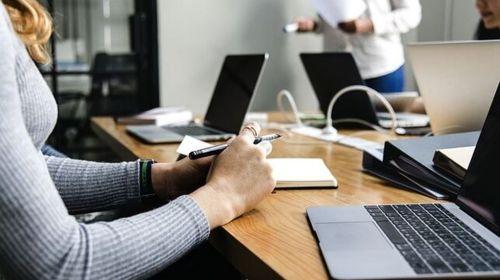 La otra brecha cuando las mujeres mandan en empresas: para ellos la gestión y para ellas los recursos humanos