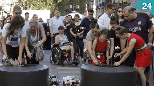 Víctimas divididas en la conmemoración de los atentados del 17A