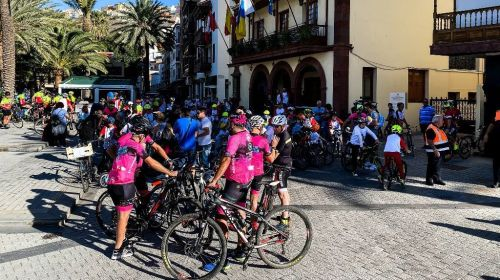 Más de cien participantes se sumaron al 'Día de la Bicicleta' de San Sebastián de La Gomera