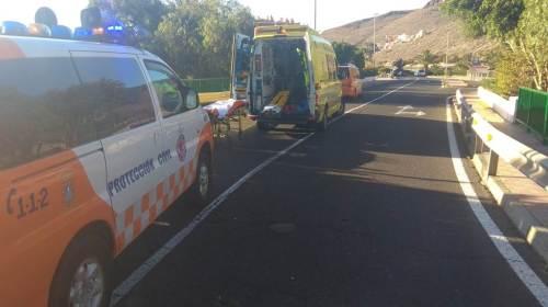 Un motorista resulta herido tras caerse en San Sebastian de La Gomera