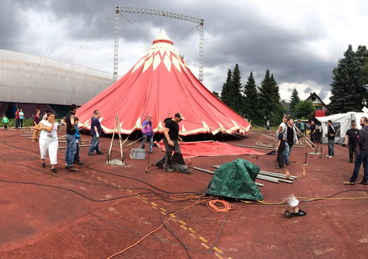 Der Zirkus ist da!