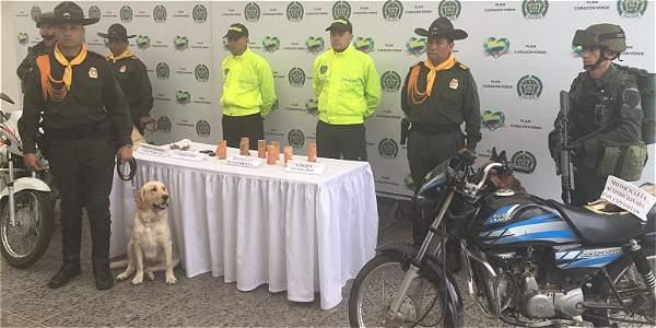 La Policía mostró ambas motocicletas.