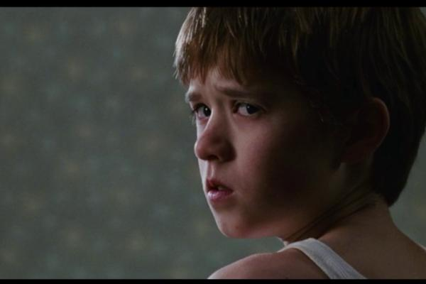 """Ghost in the Hallway and Kitchen! - """"The Sixth Sense"""" (1999) - Best Movies By Farr"""