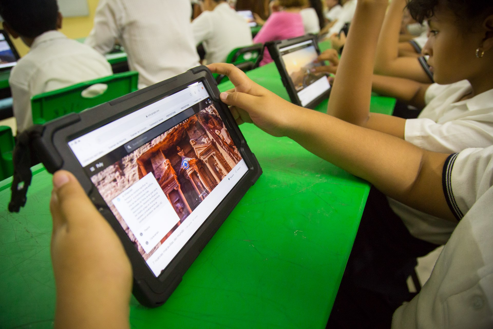 Contenidos digitales listos, para apoyar a estudiantes