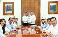 El Gobernador escucha propuestas de la Coparmex Yucatán