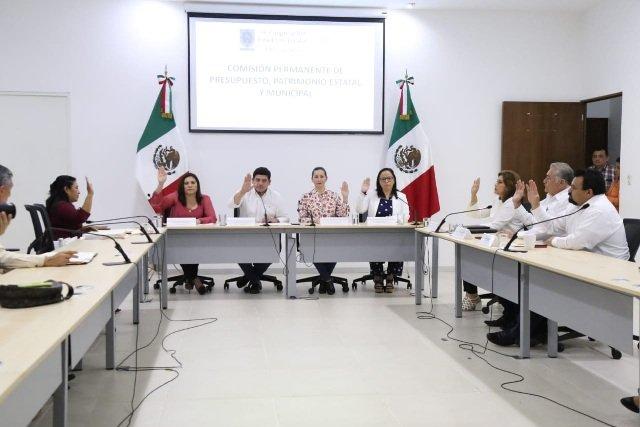 Aprueban en comisión últimos paquetes fiscales de municipios