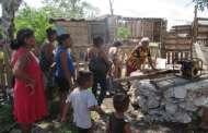 Invasores hacen sus casas en Flamboyanes