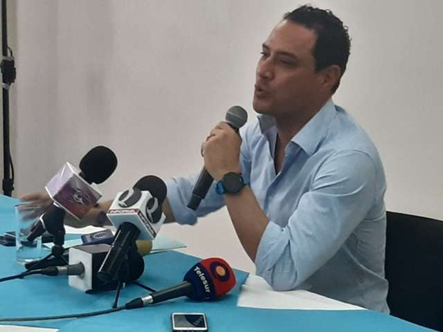 Senador panista quiere ser alcalde de Mérida