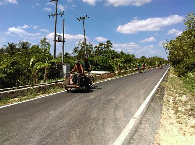 Gobierno del Estado reconstruye caminos rulares en Oxkutzcab y Chapab