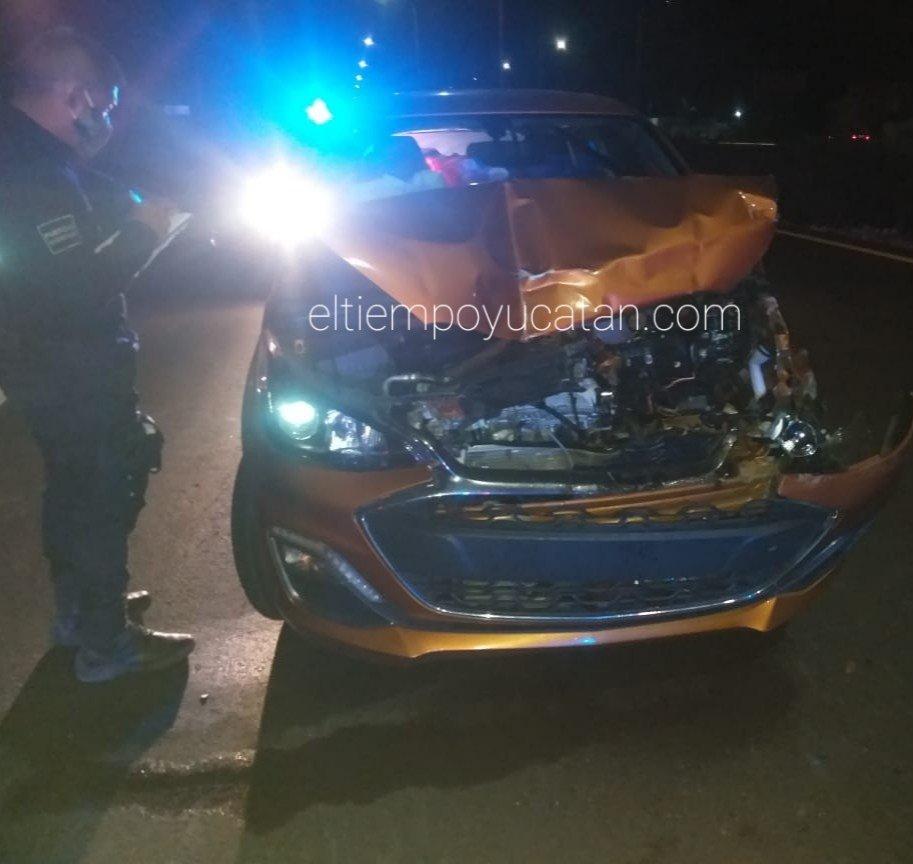 Aparatoso accidente de tránsito deja daños materiales y lesionados