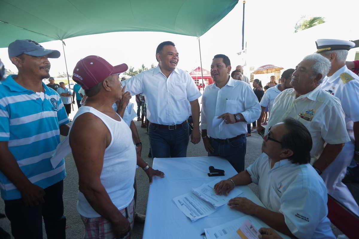 Pescadores aseguran que hay pesca furtiva de mero
