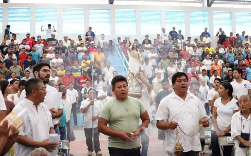 Misa de resurrección en el Cereso de Mérida
