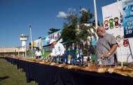 Mega rosca en el Cereso de Mérida para celebrar el Día de Reyes
