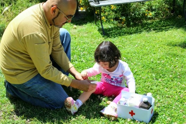 Construyendo un Botiquín Familiar de Primeros Auxilios.jpg