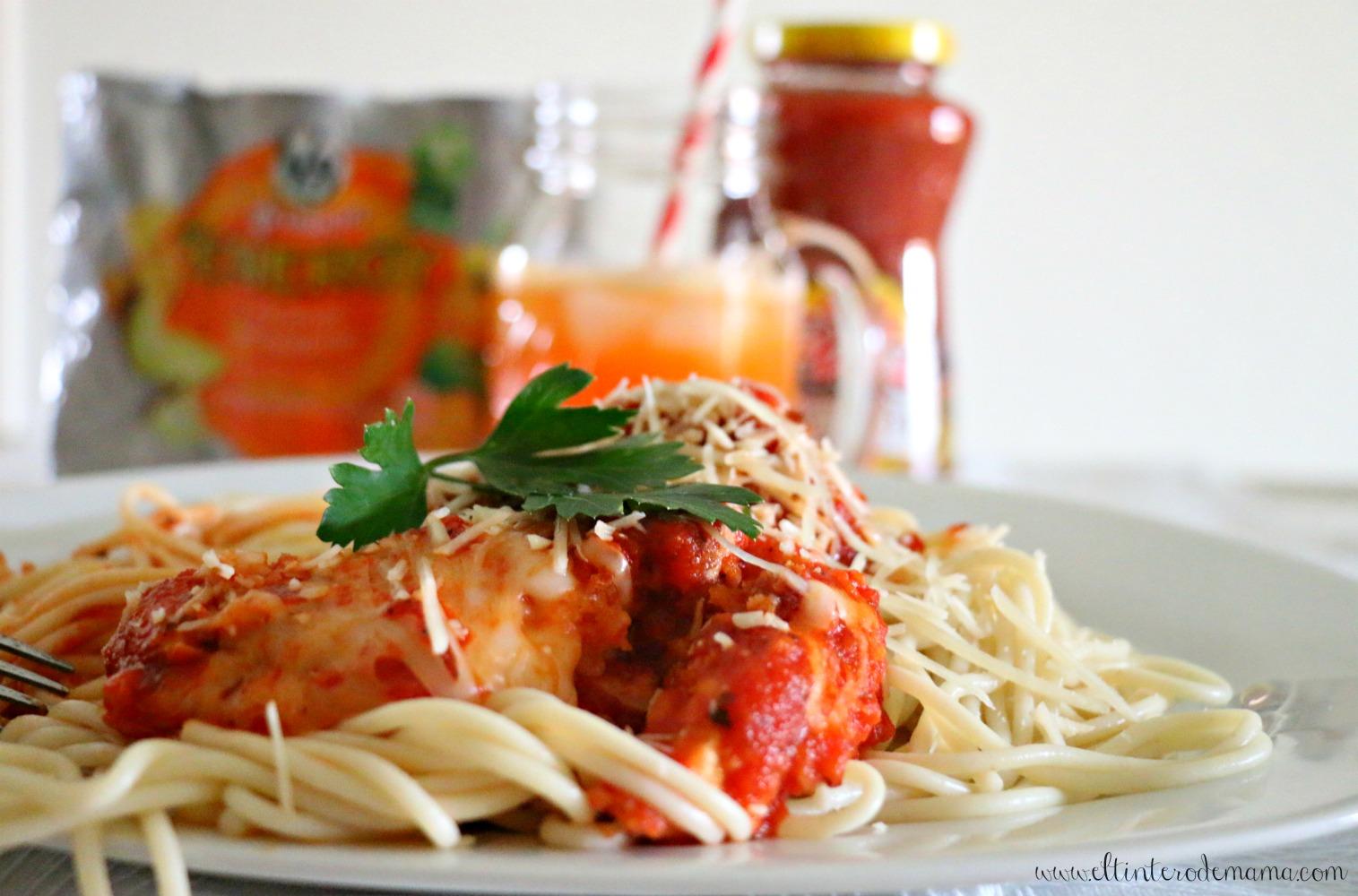 Espaguetis_con_pollo_empanizado_en_salsa_Prego