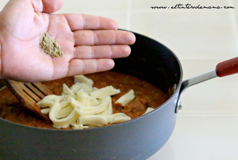 chiles-anchos-rellenos-de-frijoles