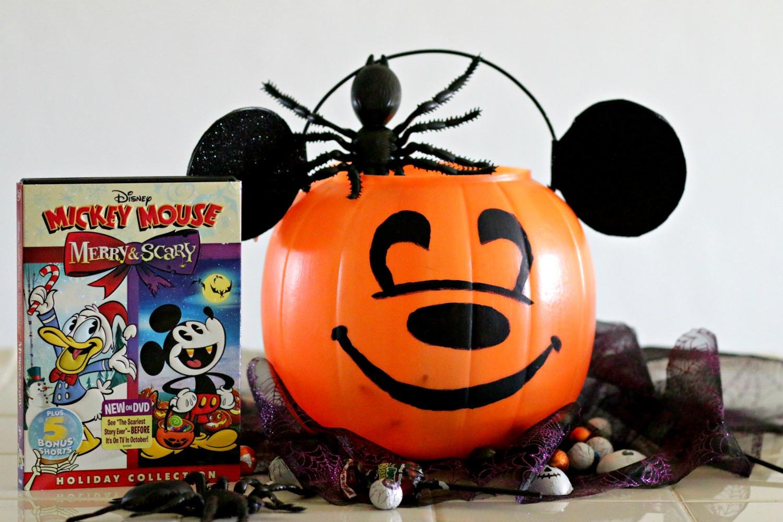 Canasta de Mickey Mouse para Halloween