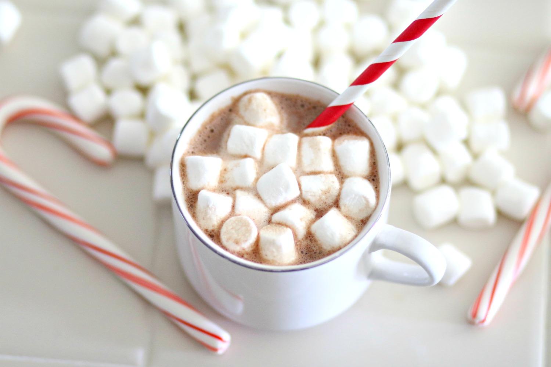 Chocolate caliente con bombones