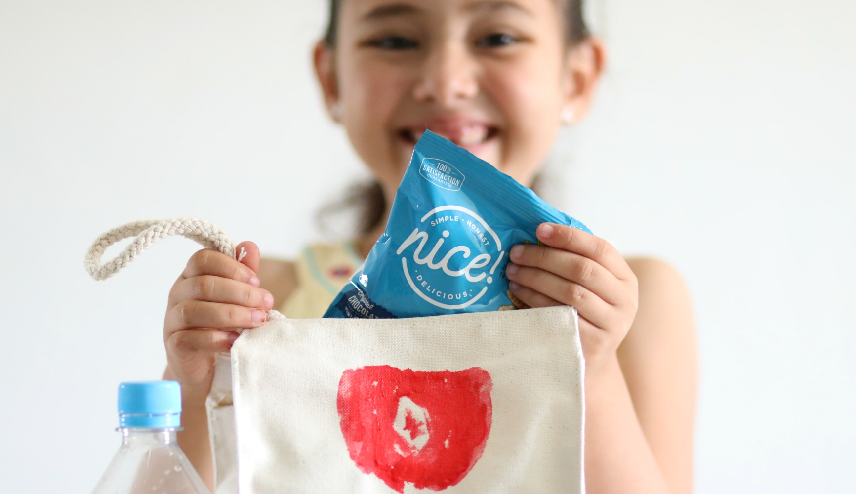 DIY-fruit-stamped-lunch-bag