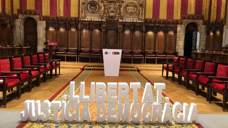 Colau pone Barcelona al servicio del independentismo