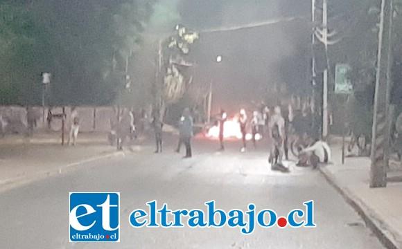 Incidentes ocurrieron en la esquina de la Cancha de tenis de San Felipe.
