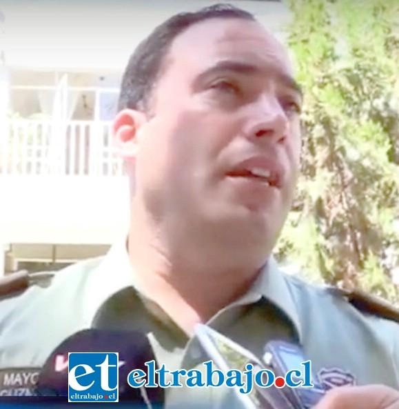 Comisario de Carabineros mayor Mauricio Guzmán Yuri, desmiente la versión del denunciante.