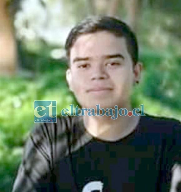 Itham Astudillo Figueroa, de 17 años, también perdió la vida en el accidente.