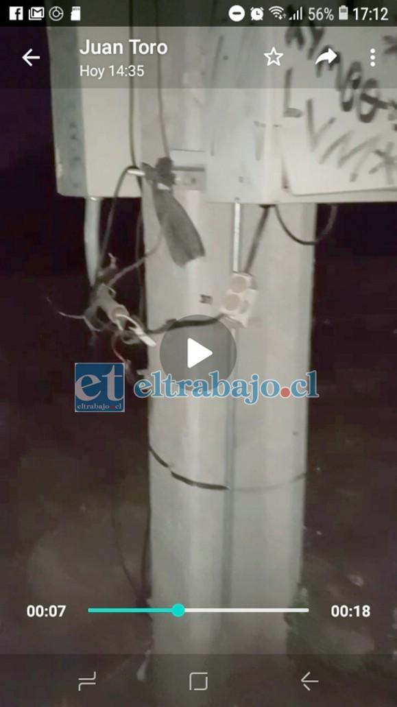 Cables cortados en el transformador.
