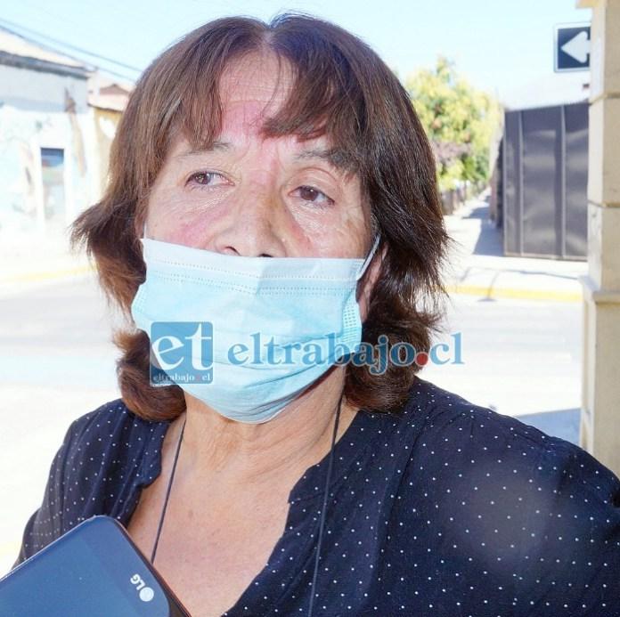 Elvira Tapia, angustiada madre de Boris Vásquez.