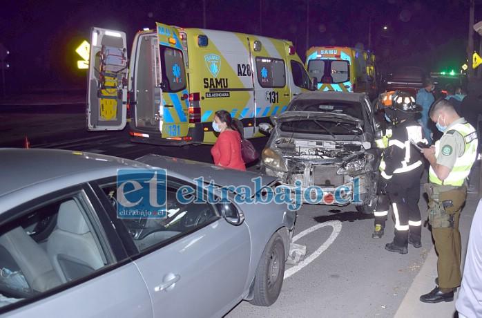 FRONTAL EN TRES ESQUINAS.- Carabineros del Retén de Curimón se hicieron cargo del procedimiento, reportando cinco personas lesionadas.