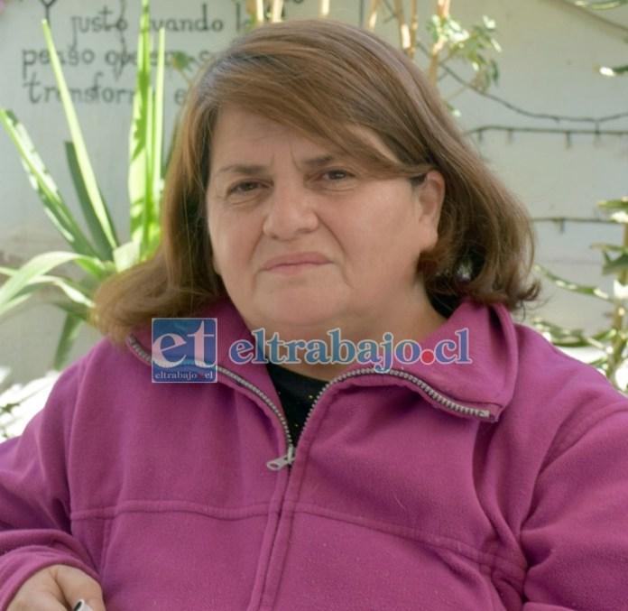 Ángela Matamala, asegura ser víctima de quienes le arriendan un pequeño apartamento.
