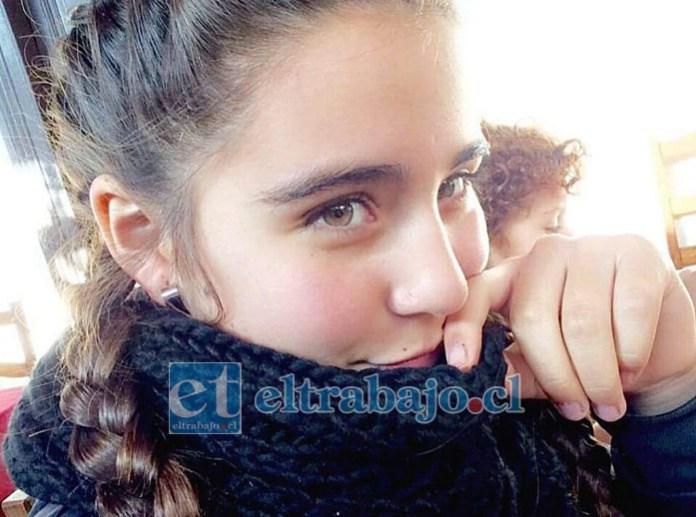 Josefa falleció en un accidente de tránsito en 2017. Ahora su madre clama justicia al descubrir en el diario de vida de su hija, que sufrió presuntos abusos por su ex padrastro.
