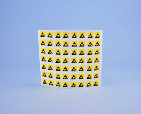 Labels for the Electronic Industry etiketten für die elektroindustrie elektronikai ipari címkék Etichete pentru industria electronică
