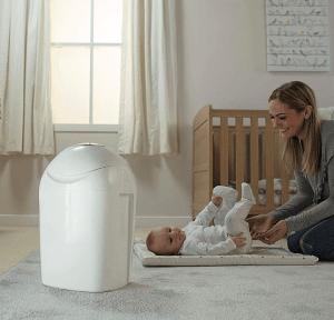 Regalos útiles para bebés contenedor pañales