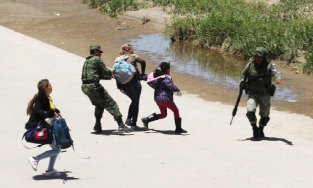 Fotos: Guardia Nacional impide cruce de migrantes en México