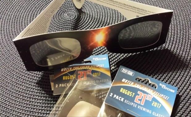 Resultado de imagen para agotan las gafas eclipse