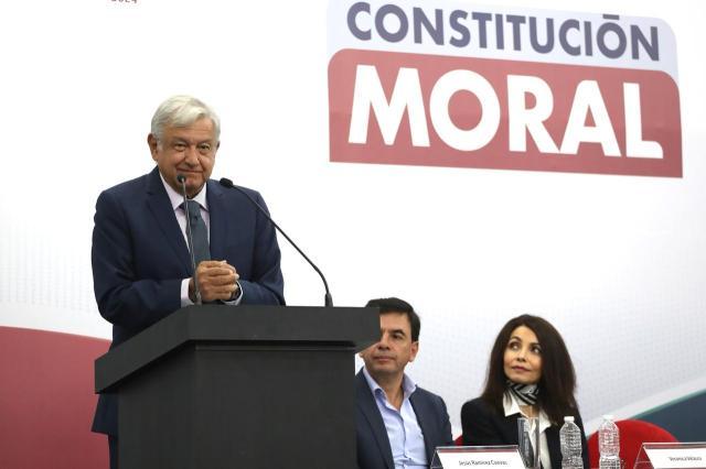 Resultado de imagen para Presenta AMLO convocatoria para constitución moral.